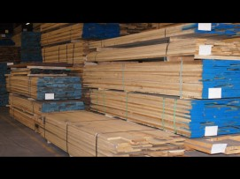 Lumber-in-warehouse_4